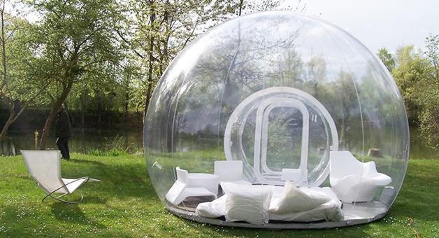 超夢幻「泡泡帳篷」宛如置身水晶球!新北八里文化公園「五星級露營體驗」到晚上美到不行!