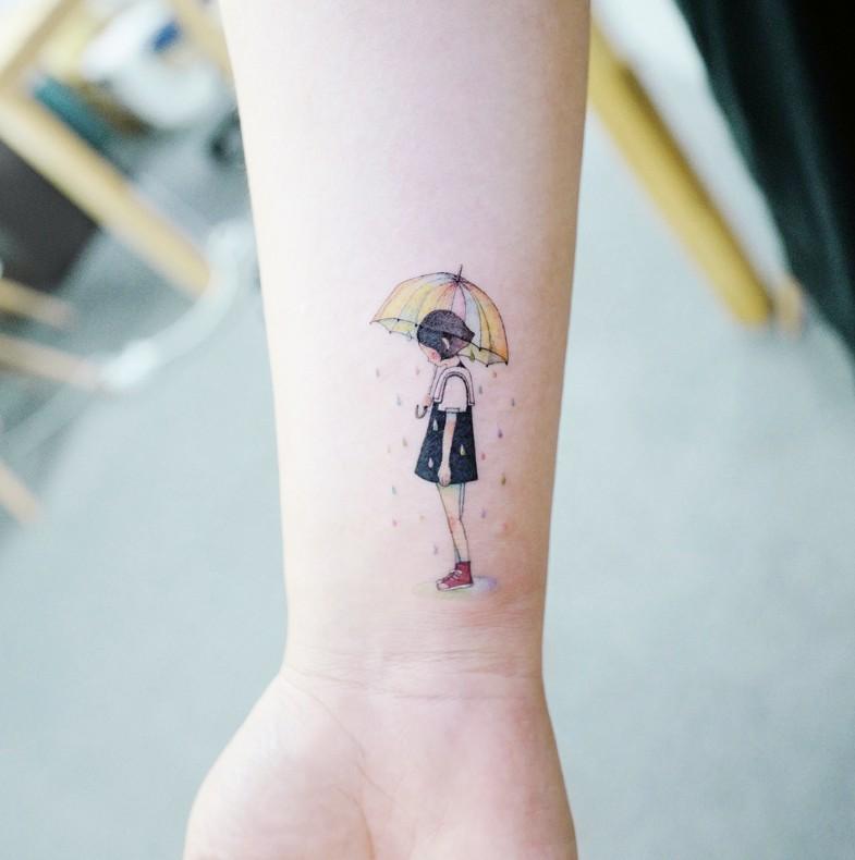 30款最適合女孩的「簡約文藝風迷你刺青」,小巧可愛又充滿設計感!