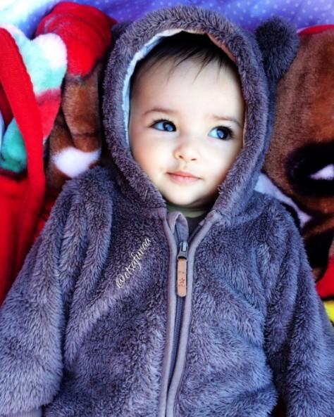 瑞典超人氣混血女寶寶,毫無瑕疵的臉蛋跟「超閃雙眼」讓人不敢相信是真人! (17張)