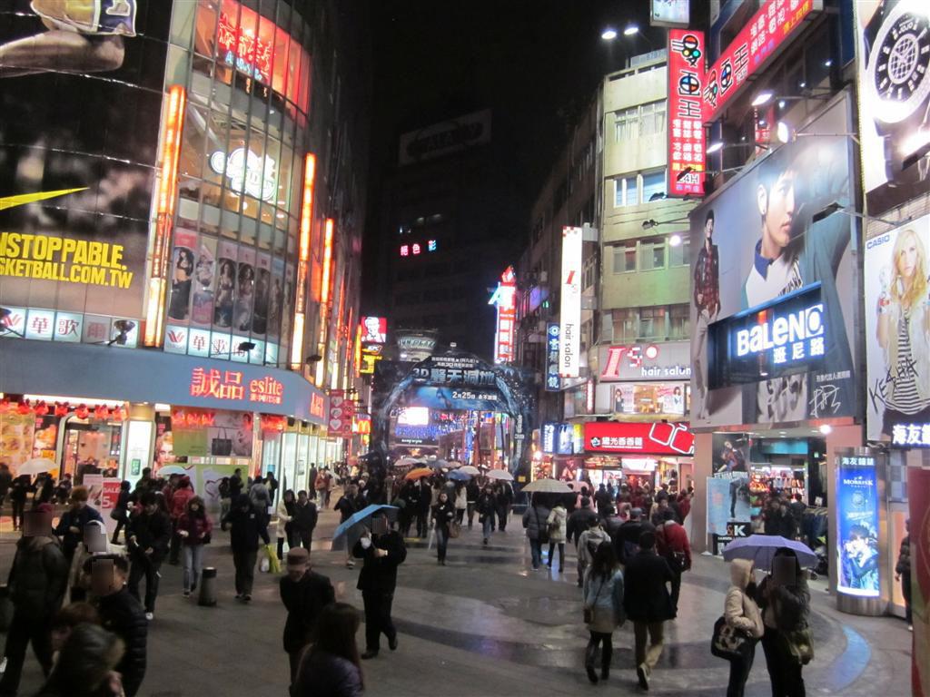 台灣有多慘?基本薪資調漲多次,台灣83萬勞工平均工薪資還是「低於3萬」!