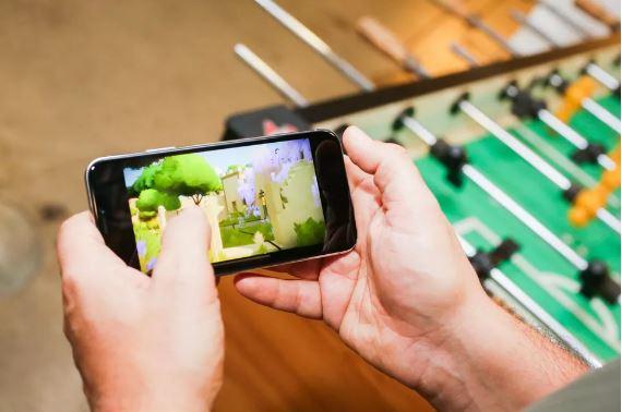 看完再決定去排隊!iPhone X評測搶先公開:9個「決定你應不應該買iPhone X」的外媒評價感想!(影片)