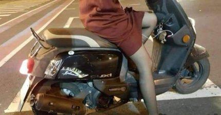 智能姐夫?女騎士雙腿之間露出「充電線」,網友:是隨身型老公!