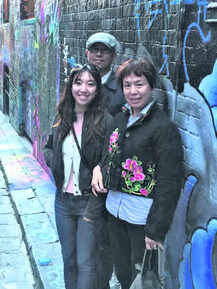 孝順能當飯吃嗎?亞洲人給父母「孝親費」外國人超不解!網友:就是買父母親的愛