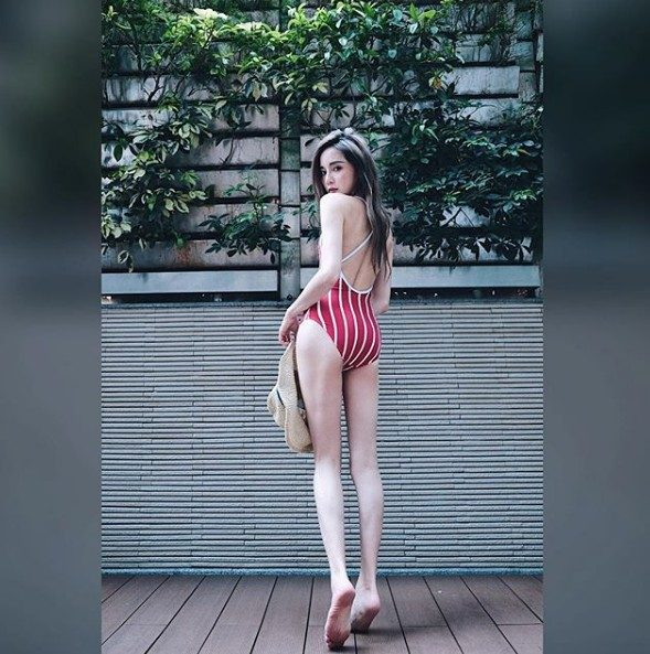 PTT復活後表特板第一發文直接獲得「表特聖女」稱號!穿上泳衣胸到爆!