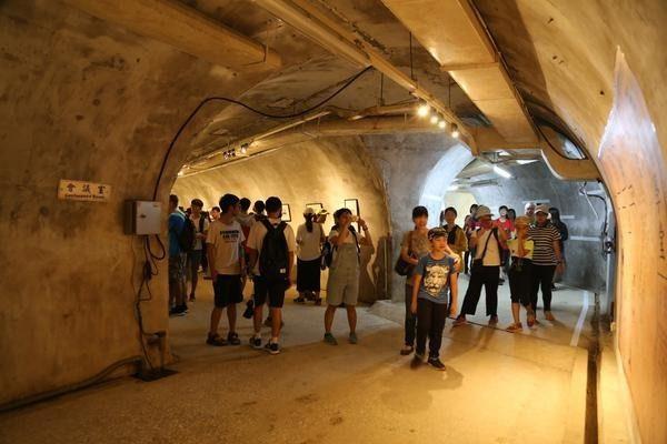 中山大学开放隐藏百年「日军神秘隧道基地」体验穿越时空的历史轨迹!高雄港务局也曾在那办公 -5a0a53553e408