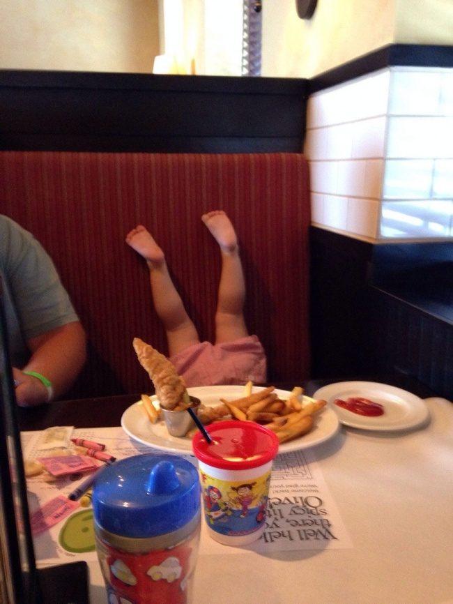 20張照片證明:有了孩子之後其實就再也不用看喜劇了