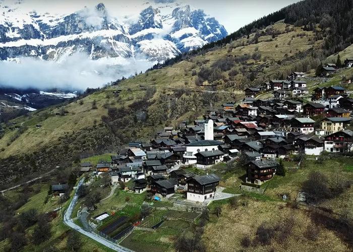 厭倦鬼島生活?超美瑞士夢幻小鎮「一年付你200萬新台幣」,那邊的生活是像這樣的 (11張)