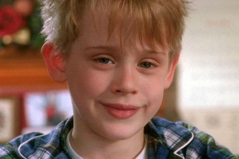 身世曝光!《奪魂鋸》拼圖殺人狂年輕時,是《小鬼當家》裡的小男孩!