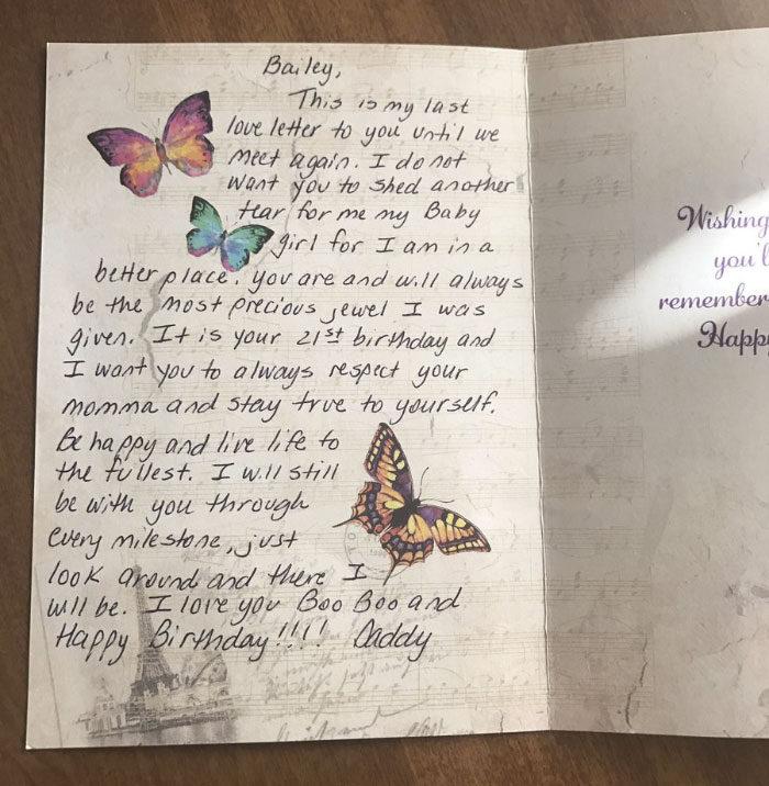 上天堂父親預定好「21年的生日禮物」每年送給女兒 最後一年的禮物讓她淚崩:我最討厭過生日了QQ