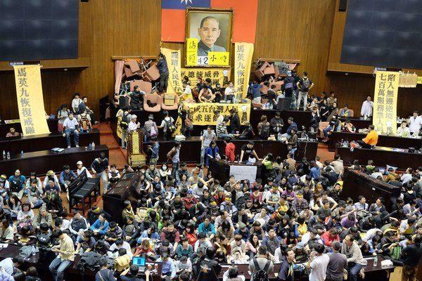 過了3年還在燒!陸抵制支持太陽花學運藝人名單:吳慷仁、凱蒂佩芮等遭批:賺中國的錢臉皮厚!