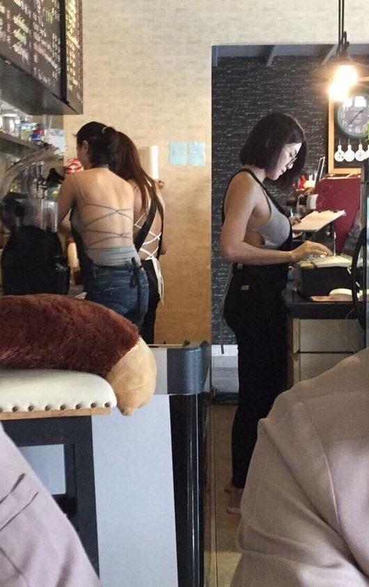 他去「C罩杯咖啡館」沒想到女店員偷加乳量,正面轉過來害客人噴奶:「店名要升級吧!?」