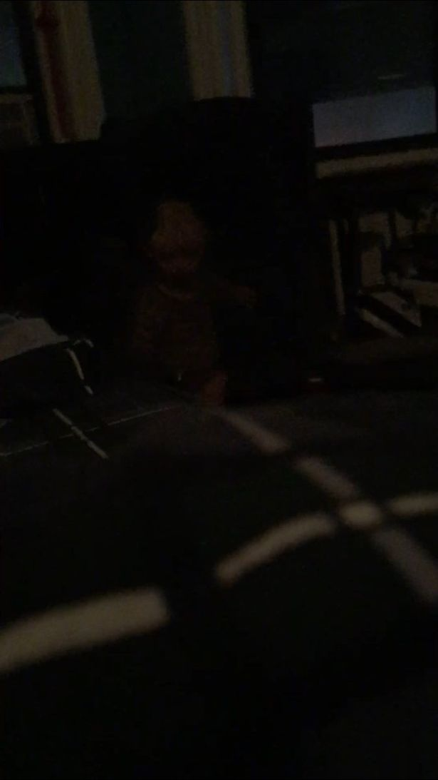 「頭剩一半」男孩怨靈後續!他終於拍到證據照,調亮後「他朝他衝過來」… (內有恐怖照片慎入!)