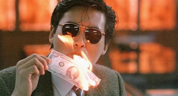 工作人员嫌难吃丢掉便当,周润发看到后「秒捡+吃光剩饭」让他得到今天的地位! -Gangsta-Chow-Yun-Fat