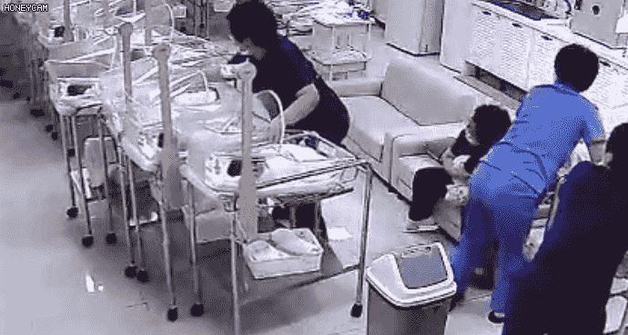 南韓大地震護理人員「捨身護嬰兒」沒人跑走用肉身擋新生兒,事後淡淡「將心比心一句話」逼哭所有人! (影片)