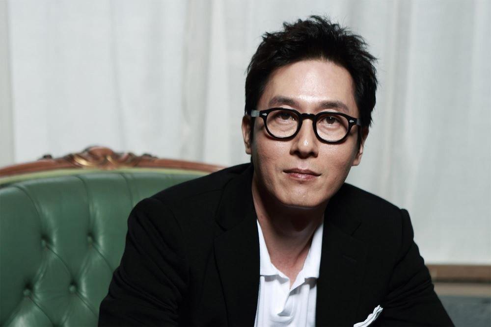 警方终于公布已故男星金柱赫的车内行车记录画面,车子停下后…突然「暴冲撞墙」 -kim-joo-hyuk