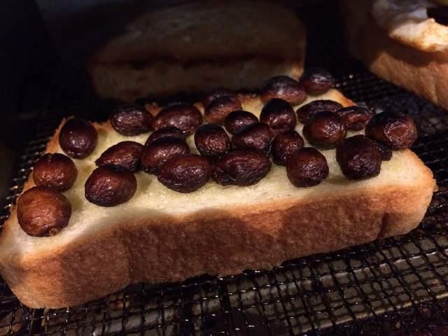 日本瘋傳「不死葡萄」!進烤箱後驚人變回「整顆」,復活的模樣引發「實驗」暴動