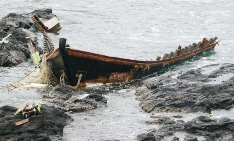 至今已有252艘北韓腐屍「幽靈船」被沖上日本海岸!專家終於找到原因了