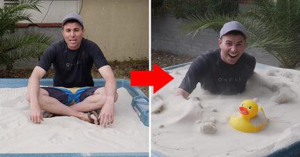 沙子其實是液體...前NASA工程師實驗25次後「把沙池變泳池」啦!
