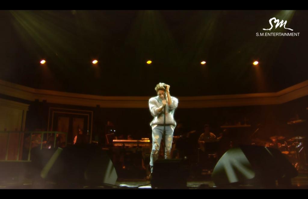 鐘鉉曾「哭到唱不了」發求救訊號,被當「太過投入」粉絲懊悔