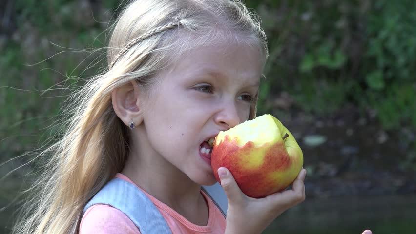 憂鬱症是「可以避免」的嗎?學者:這幾種水果每天兩顆憂鬱症掰掰!