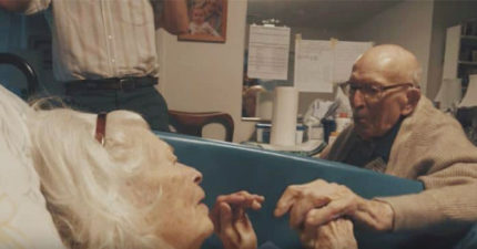 百歲銀髮老夫妻慶祝結婚80周年,0:40「愛妳80年了,親愛的,這是很長一段時間呢」讓20萬網友揪心淚崩!