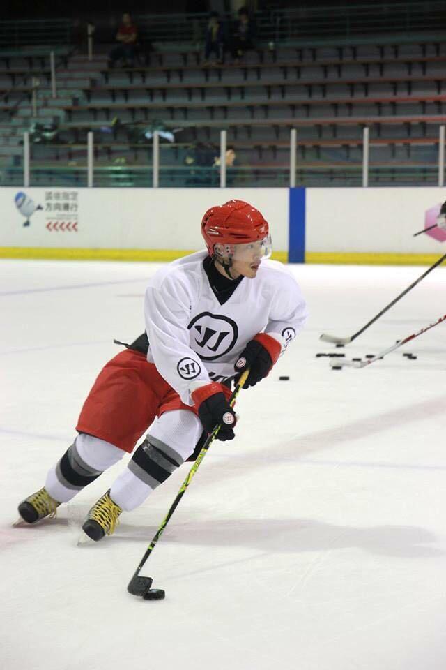 「亞洲首位」再一人!許孟哲10年冰球受矚目,受邀到紐約「參加NHL經典賽」!