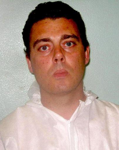 「DNA不符」仍被判有罪,男子慘坐12年性侵冤獄「終於看到制裁」!