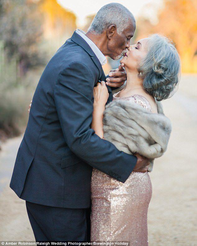 婚禮只有一天,婚姻卻是一輩子!結縭47年銀髮夫妻扶持「度過2次癌+苦日子」,談婚姻秘訣:不要忘記微笑