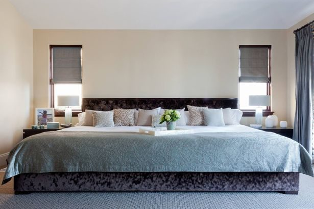 怎麼滾都不會掉下去!「超大豪華版家庭床=2張King Size」睡5個人不是問題!但口袋不夠深睡不起啊…
