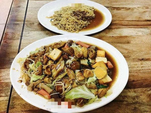 活該沒觀光客?墾丁大街賣「鑲金滷味」一盤價錢可吃一餐5星級飯店套餐了!