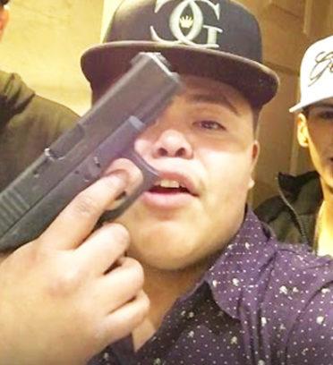 17歲YouTuber拍片狂嗆大毒梟「含我的GG」,被殺手找到槍「血肉模糊慘死」