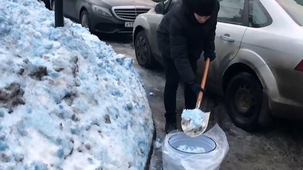 俄羅斯2年降2次「神秘藍雪」居民擔憂「感覺喉嚨痛」!專家這樣回應: