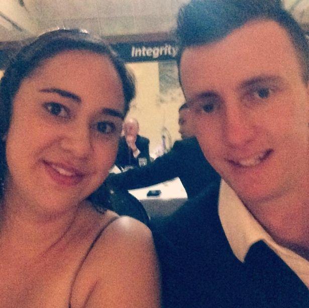 26歲新娘剛和「最愛的人」舉辦婚禮模樣很健康,幾小時後意外過世