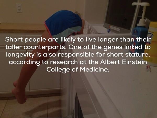 25個看似很扯但有科學依據的人體解讀術。臀部寬大的人%%機會比你多!
