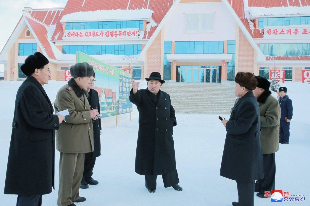 北韓戰車GG!中國斷石油金正恩崩潰下令「每天走1萬步」,要求高官只能徒步不能坐車!