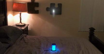 他爆自己意外打開圓形發光「時空隧道」,從房間內失蹤。Youtuber:我之後就聯繫不到他了...(影片)