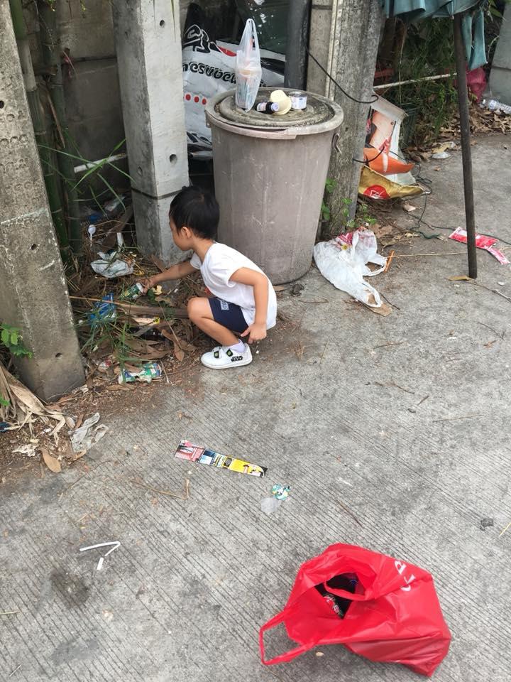 5歲兒吵著不想上學,辣媽請假帶他上街「不到半天轉念」萬名網友讚爆!(影片)