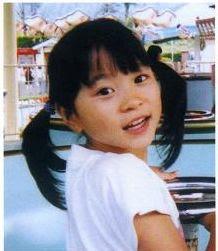 返家驚見妹妹「身上灑滿糖果」,15歲姊姊直接崩潰!