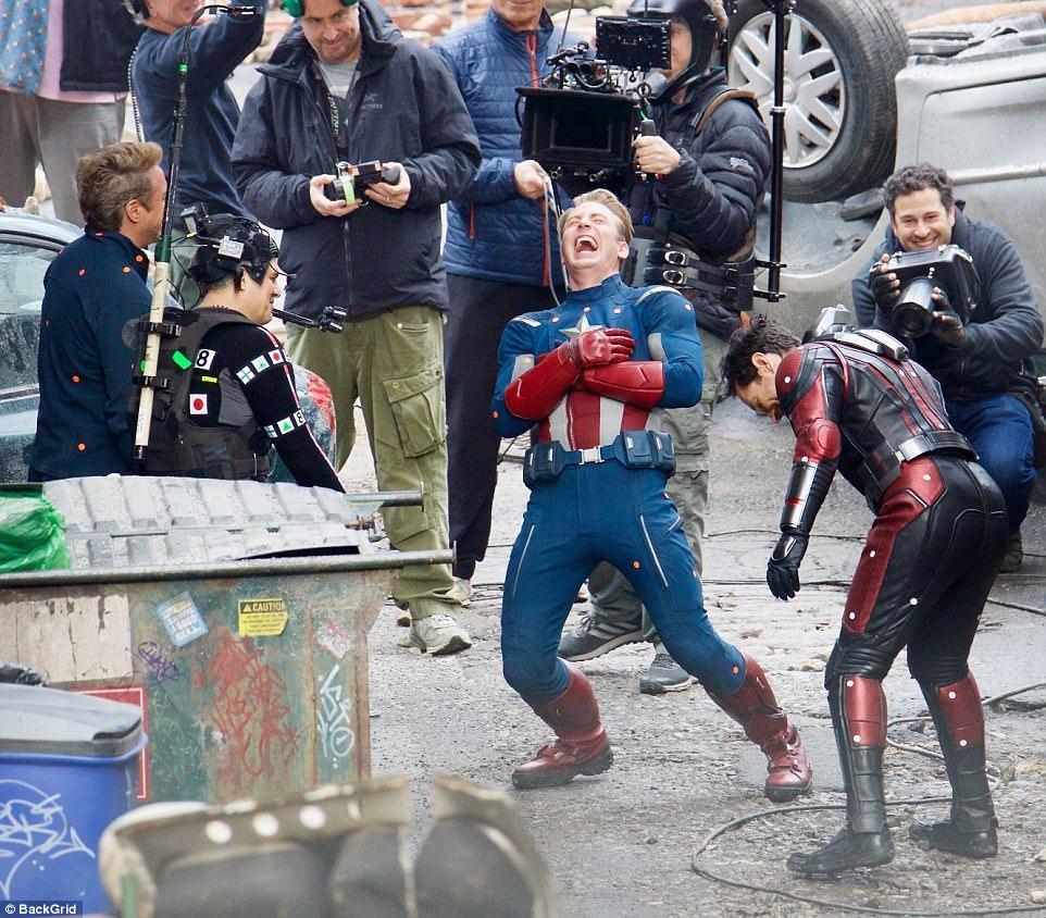 《復仇者聯盟4》拍攝被人偷拍到「主要成員死亡」...粉絲全傻了:那誰要接?