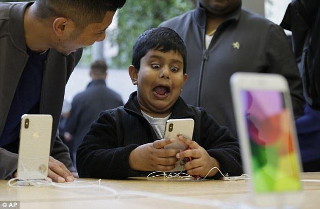 iPhone XL要來了!蘋果新型手機將擁有「史上最大的螢幕」價格讓果粉哭了!