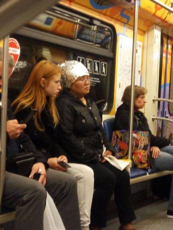 30個「讓你終於知道為什麼有些人一定要開車」的有點可怕超狂地鐵照