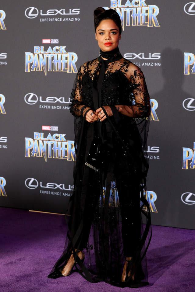 漫威《黑豹》首映出現「超嚇人評價」,「比洛基更棒的大反派」完全搶走男主角鋒頭!