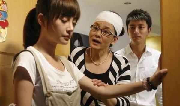 除夕+大年初一「人妻全部搶上班」,加班真相讓女人同感淚:寧可初二再開始休假!