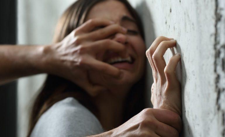 神似天后蔡依林外勞太正!阿公慾火焚身開2千%%%「拿她手抓老雞」,她嚇壞跑回家鄉竟變「通緝犯」!