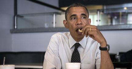 別再自己吃飯了!日本研究警告:「一個人吃飯」死亡風險爆增