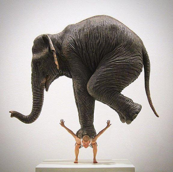 22個會讓你踏進另一個世界的「最具衝擊性的現代雕塑」