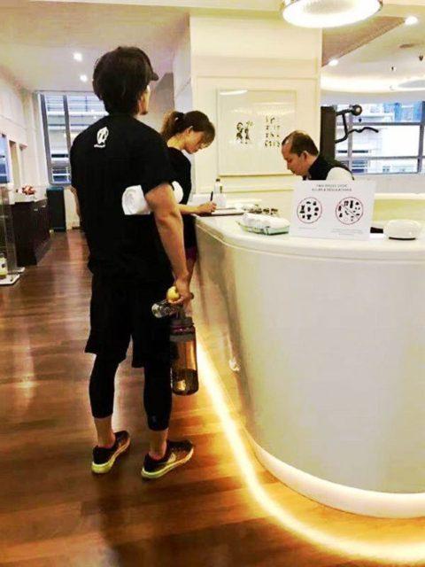43歲林志玲突宣布停工2月!無法出席新片宣傳,圈內人爆「請假在家原因」