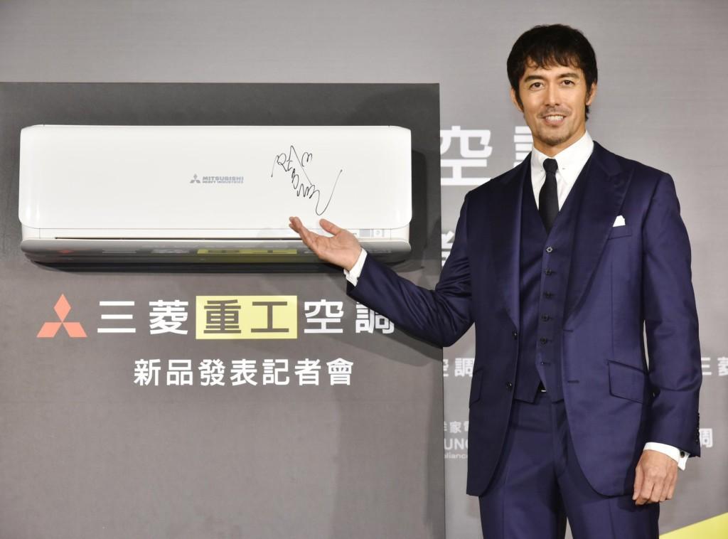 推廣新片時被警告「不准談台灣地震」阿部寬霸氣:「那有怎樣呢?」暖捐1000萬日圓!