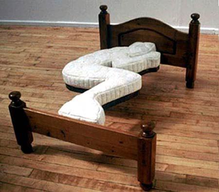 15個會讓你朋友不敢來你家的「恐怖驚奇搞怪家具」