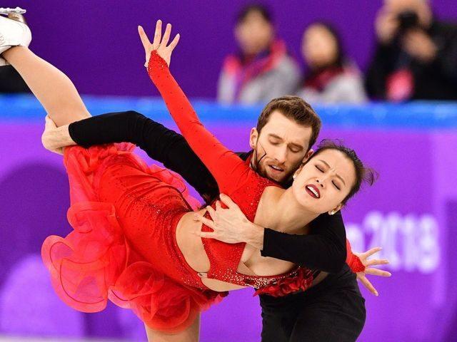 钮扣喷飞!南韩滑冰爆乳正妹上阵第5秒就走光「敬业完成比赛」全场观众暴动 -5a828e96bd320